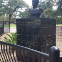 Bust of Simón Bolívar at Lake Eola